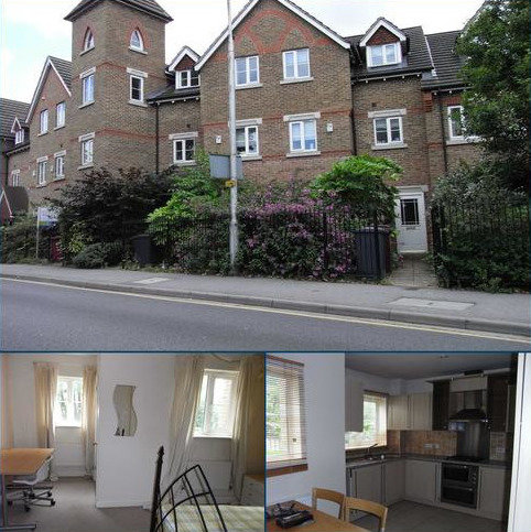 House share to rent - Cintra Close, Reading