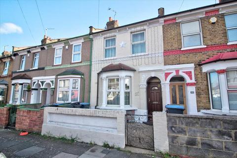 2 bedroom terraced house for sale - Warwick Road, London