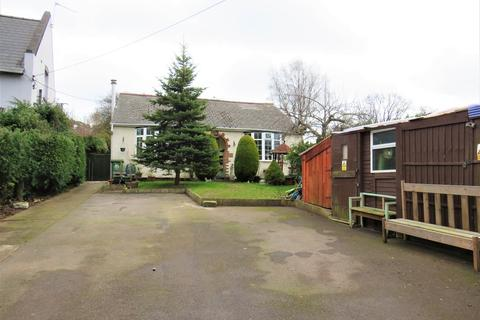 4 bedroom detached bungalow for sale - Fancy Road, Lydney, GL15