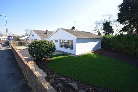 3 bedroom detached bungalow for sale - 61, Castle View, Bridgend CF31 1HL