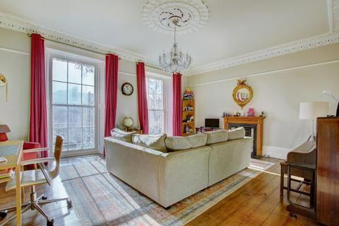 2 bedroom maisonette for sale - Oakfield Road, Clifton