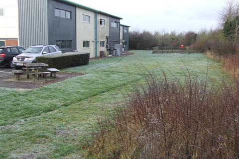 Property to rent - Melksham - Ashville Centre