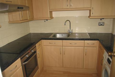 2 bedroom flat to rent - Pedley Road, Dagenham