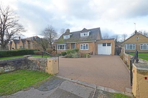 3 bedroom detached bungalow for sale - Oundle Road, Orton Longueville, Peterborough