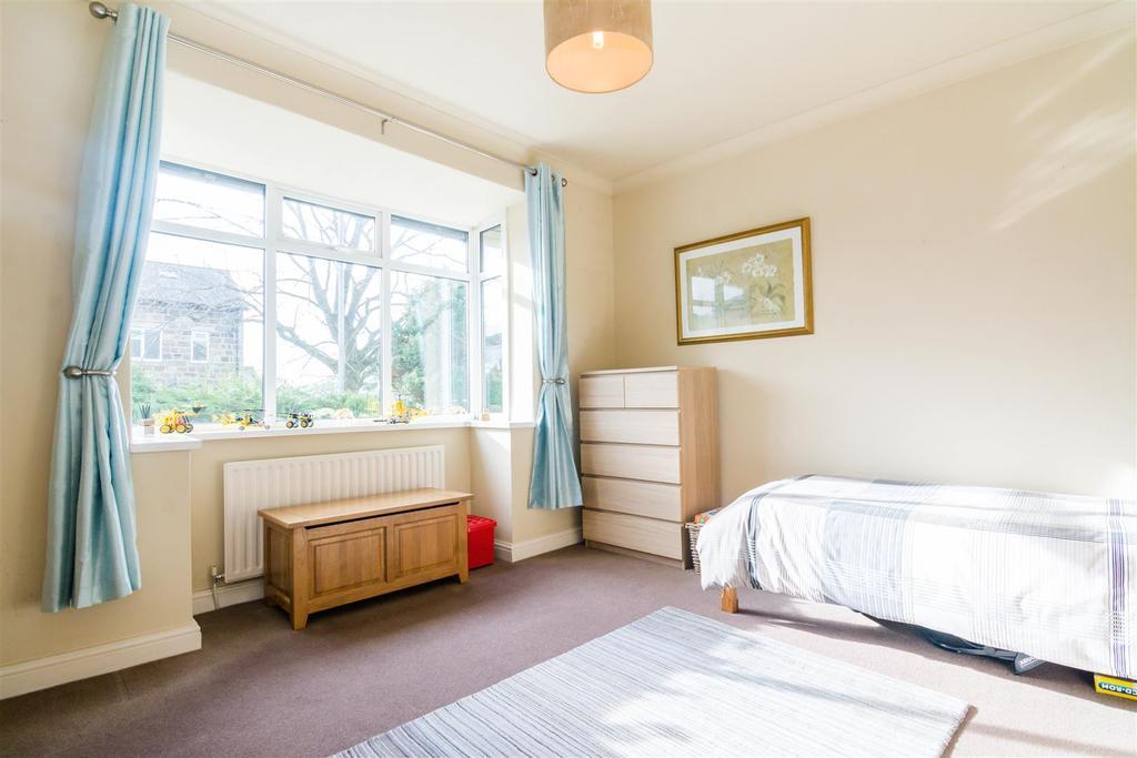 Reception room/additional bedroom
