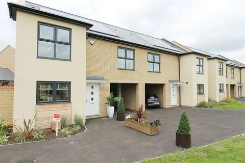 3 bedroom detached house to rent - Cranesbill Close, Orchard Park, Cambridge, CB4