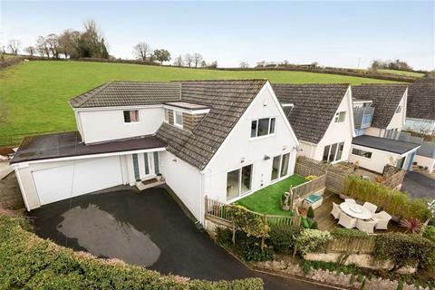 5 bedroom bungalow for sale - Manor Road, Abboskerswell, Devon, TQ12