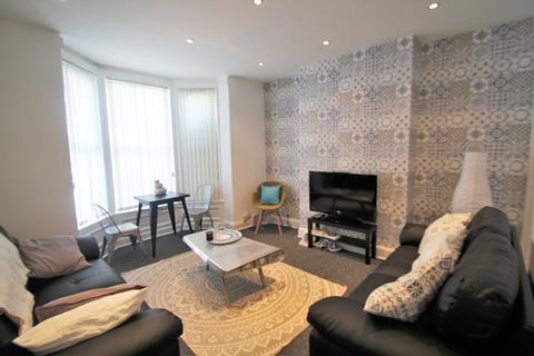 7 bedroom terraced house to rent - Norwood Terrace, Leeds, LS6 1EA.