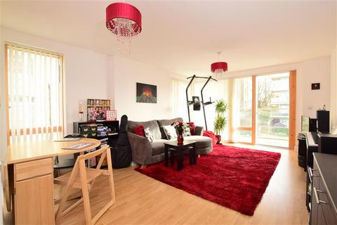 2 bedroom flat for sale - Pankhurst Avenue, Brighton, East Sussex