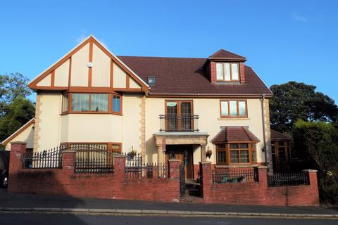 5 bedroom detached house for sale - Coniston House, Coniston Walk, Sketty, Swansea SA2 9FD