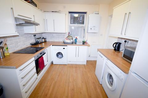 4 bedroom terraced house to rent - Student Property - Shoreham Street, Sheffield S1