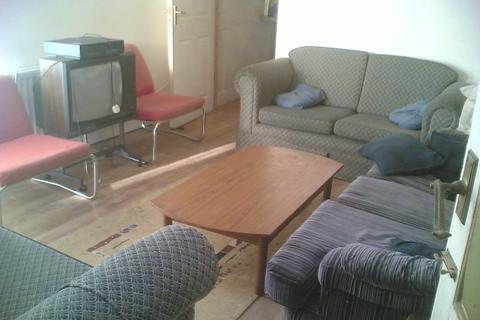 8 bedroom detached house to rent - Manor House Road, Jesmond, NE2