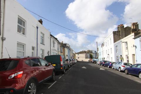 4 bedroom terraced house to rent - Brighton BN2