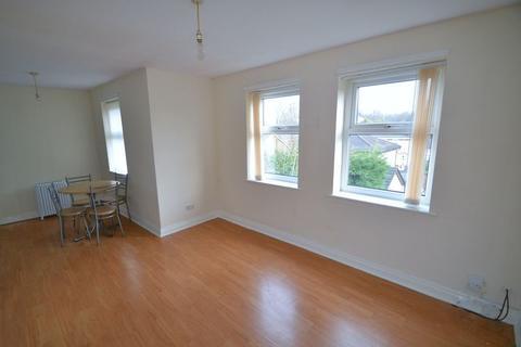 2 bedroom apartment to rent - Montonmill Gardens, Manchester