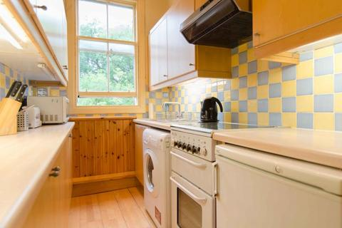 4 bedroom flat to rent - Spottiswoode Street, Edinburgh EH9