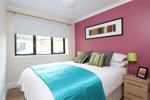 2 bedroom end of terrace house to rent - East Preston Street Lane, Edinburgh EH8