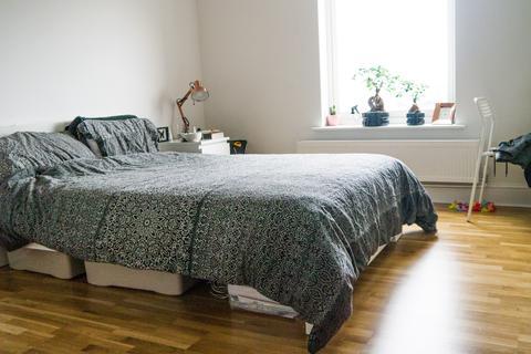 3 bedroom property to rent - The Villa, Victoria Street