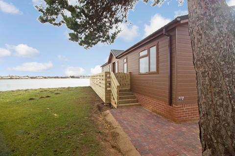 2 bedroom lodge for sale - Lake View, Tallington Lakes, Stamford, Lincolnshire, PE9