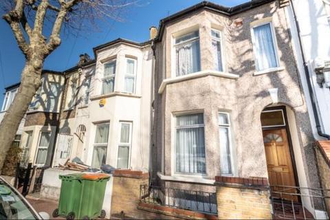 2 bedroom terraced house for sale - Jephson Road, London E7