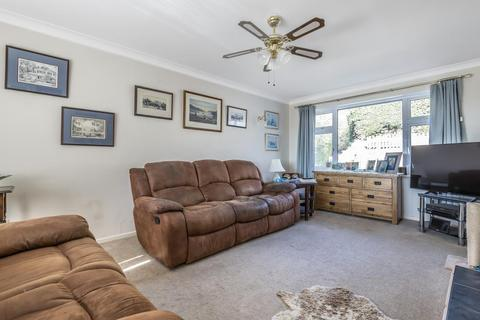 3 bedroom detached bungalow for sale - Newbury, Berkshire, RG14