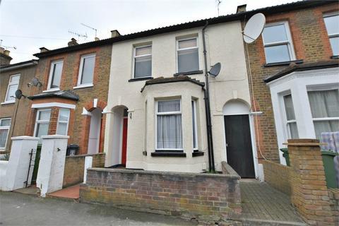 2 bedroom terraced house for sale - Estcourt Road, WATFORD, Hertfordshire