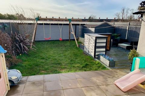 3 bedroom semi-detached house for sale - Marstown Avenue, South Wigston, LE18