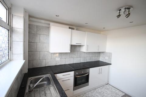 3 bedroom end of terrace house to rent - Oatlands Gardens, Little London, Leeds, LS7 1SL
