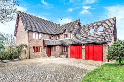 5 bedroom detached house for sale - Augusta Avenue, Collingtree Park, Northampton, Northamptonshire, NN4