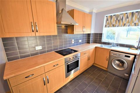 2 bedroom apartment for sale - Wisdons Close, Dagenham