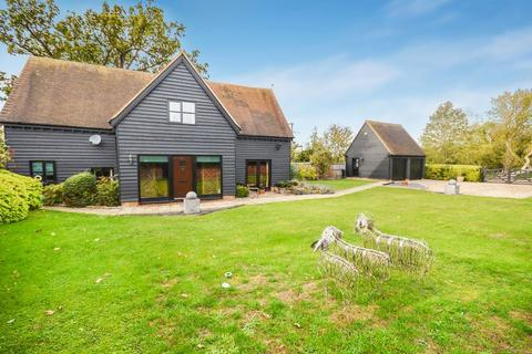 4 bedroom detached house for sale - Stunning four bedroom barn conversion