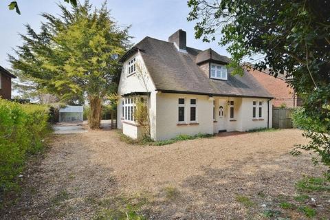3 bedroom detached house for sale - Monks  Risborough