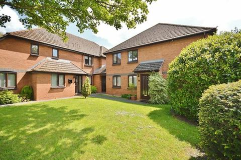 2 bedroom retirement property for sale - Princes Risborough - stroll to town