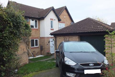 3 bedroom semi-detached house to rent - Oaktree Close, Hamilton, Leicester, LE5 1TR