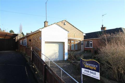 3 bedroom detached bungalow for sale - Parkfield Road, LONG BUCKBY