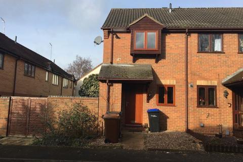 2 bedroom terraced house to rent - Woodpecker Way, Northampton