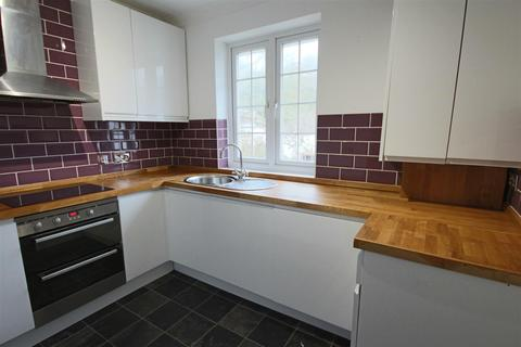 2 bedroom flat to rent - Mackie Avenue, Brighton