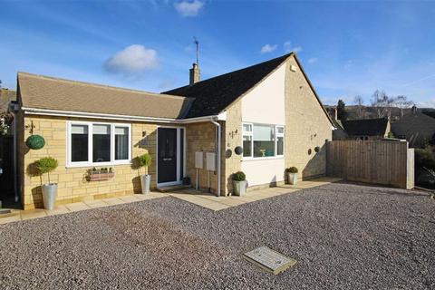 3 bedroom detached bungalow for sale - Beverley Gardens, Woodmancote, Cheltenham, GL52