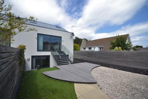 4 bedroom detached house for sale - Panorama Road, Sandbanks, Poole