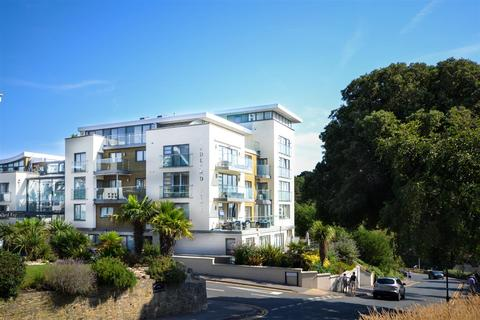 3 bedroom apartment for sale - Studland Road, Alum Chine, Bournemouth