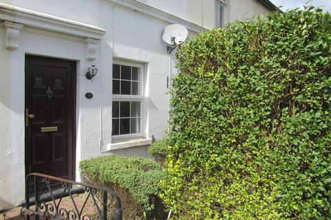 2 bedroom detached house to rent - 35 Bedford Road Southborough Kent