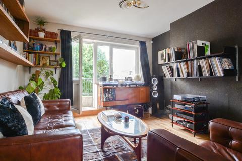 1 bedroom flat to rent - Somerford Grove Estate, London N16