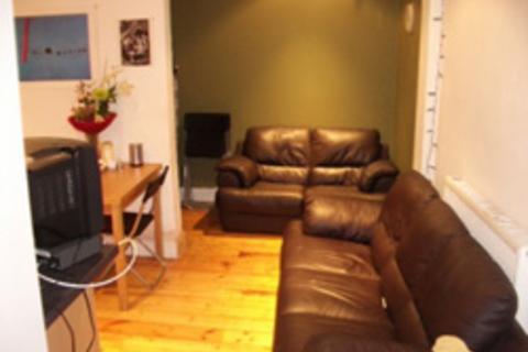 5 bedroom flat to rent - Bread Street, Edinburgh EH3