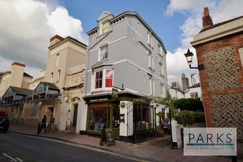 Studio to rent - Middle Street, Brighton, BN1