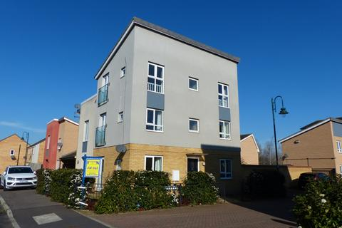 4 bedroom semi-detached house for sale - Saxonbury Way, Peterborough PE2