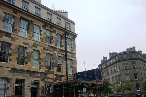 5 bedroom flat to rent - Montgomery Street, , Edinburgh, EH7 5JY