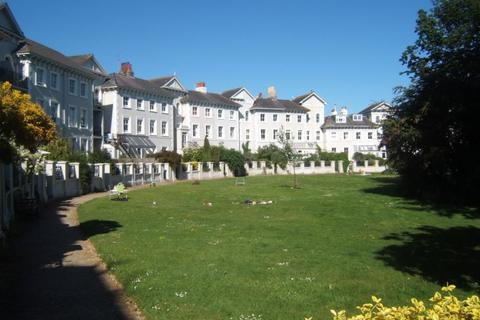 1 bedroom ground floor flat to rent - Park Crescent, Brighton