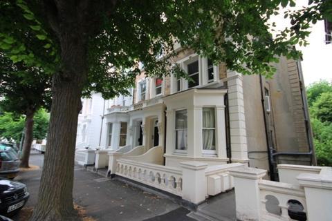 2 bedroom flat to rent - Selborne Road, Hove