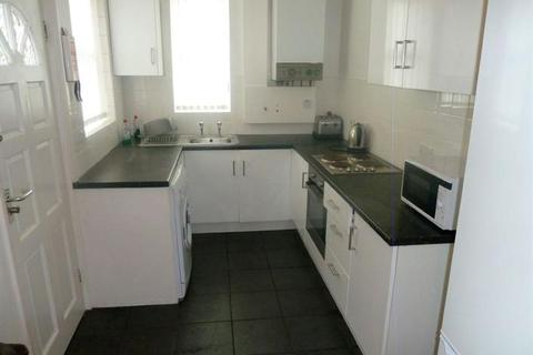 5 bedroom terraced house to rent - Student Property - Denham Road, Sheffield S11