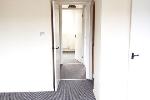 2 bedroom flat to rent - Peel Way, TIVIDALE, Oldbury B69