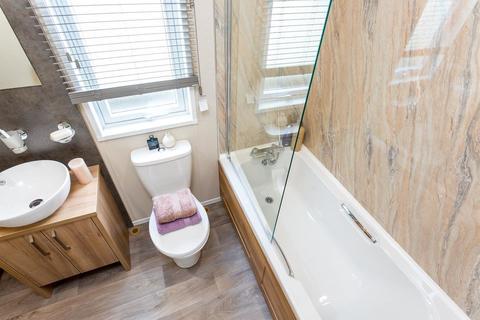2 bedroom lodge for sale - Lancashire